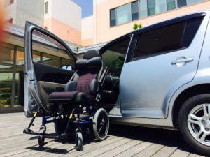 福祉車両改造 後付け助手席回転シート シームレス カロニーシステム