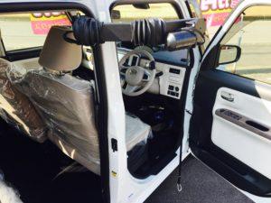 福祉車両改造 ダイハツ キャンバス 手動運転装置 車いす収納装置 福祉車両改造 ④