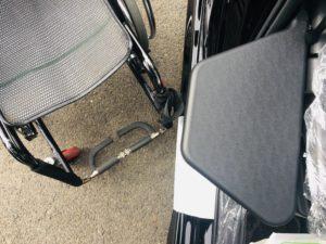福祉車両改造事例 ホンダステップワゴン スパーダ 福祉車両改造 車いす収納装置 車いす収納クレーン 移乗サポートシート 移乗サポートプレート 移乗サポートボード➂