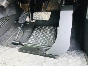 福祉車両改造 ホンダNワゴン 左足アクセル 福祉車両への改造 ④