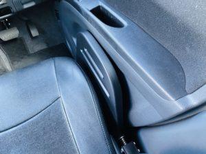 福祉車両改造 スズキ ソリオバンデット 移乗サポートシート ⑦