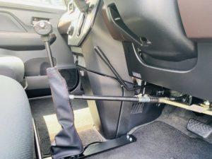 福祉車両改造 トヨタ ルーミー 手動運転装置 移乗補助シート 車いす収納装置 ⑪